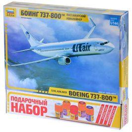Авиалайнер Боинг 737-800